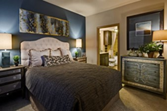 Bedroom at Listing #264115