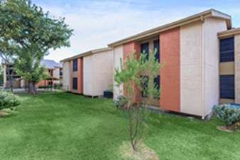 Exterior at Listing #144631