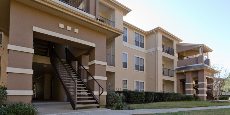 Commons at Vintage Park Apartments