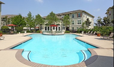 Pool at Listing #144871