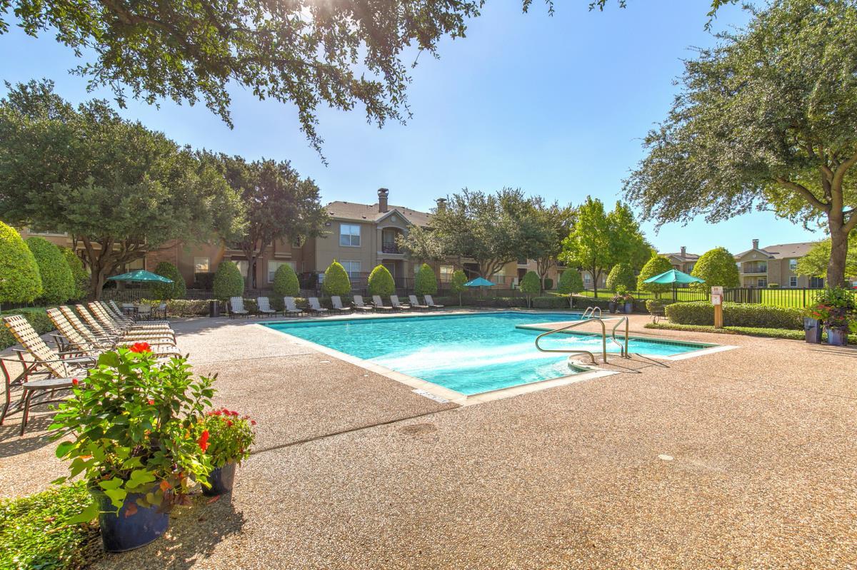 Pool at Listing #137861