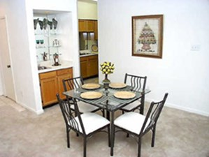 Dining at Listing #138869