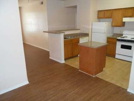 Kitchen at Listing #138133