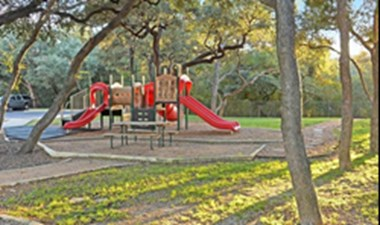 Playground at Listing #141378