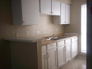Kitchen at Listing #139853