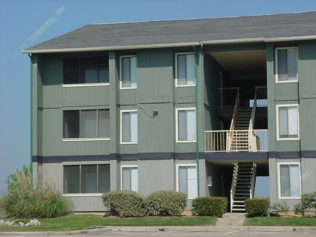 Exterior 5 at Listing #138371