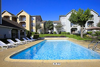 Pool at Listing #141400