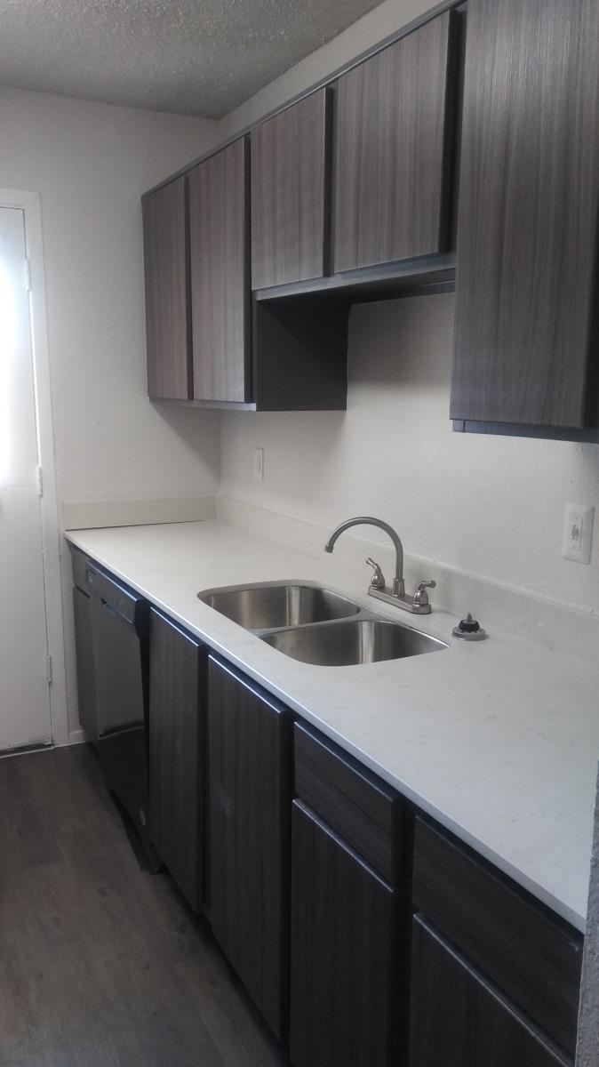 Kitchen at Listing #137115