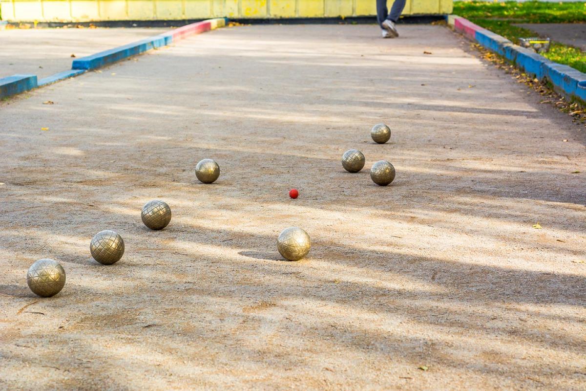 Bocce Ball at Listing #281522