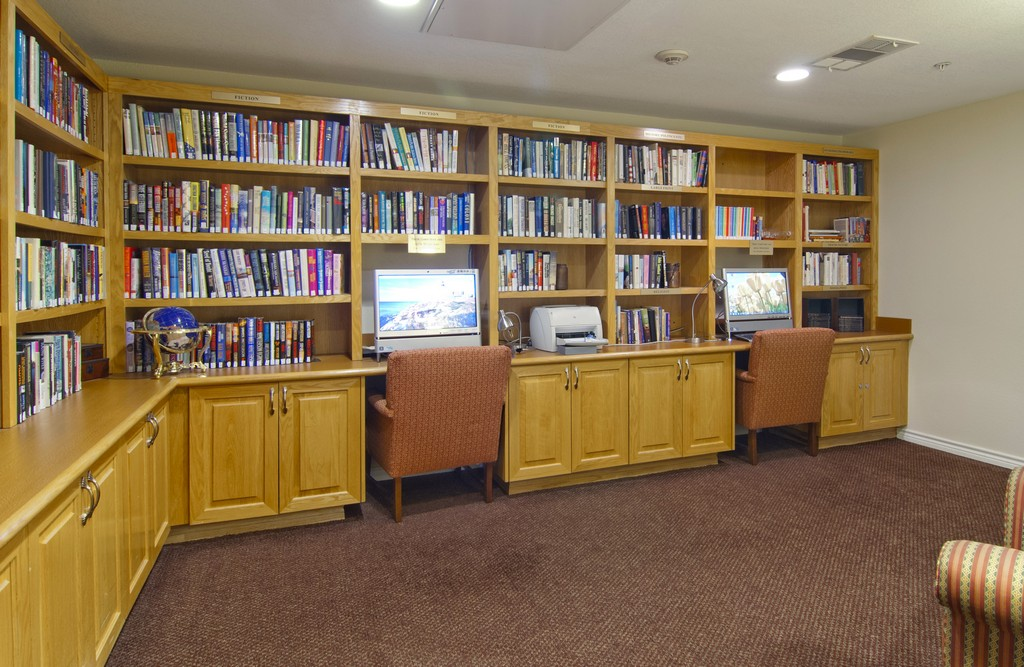 Library at Listing #137965