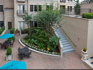 Courtyard at Listing #138031