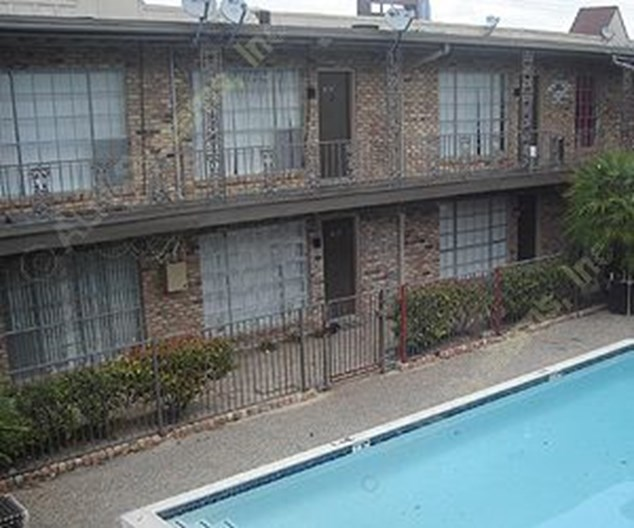 $695+ For 1 & 2 Bed Apts