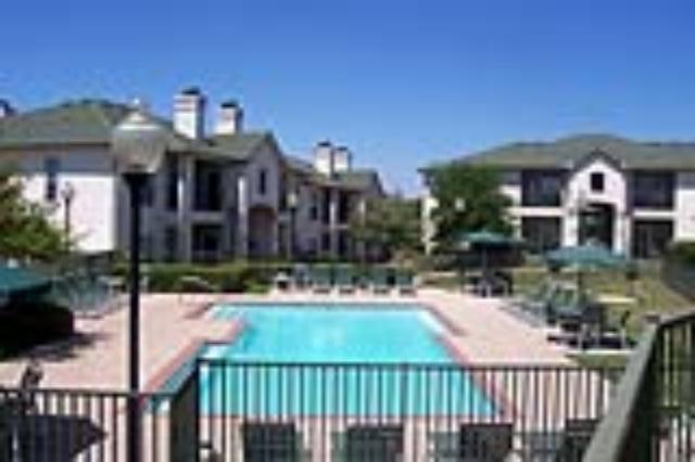 Pool at Listing #137978