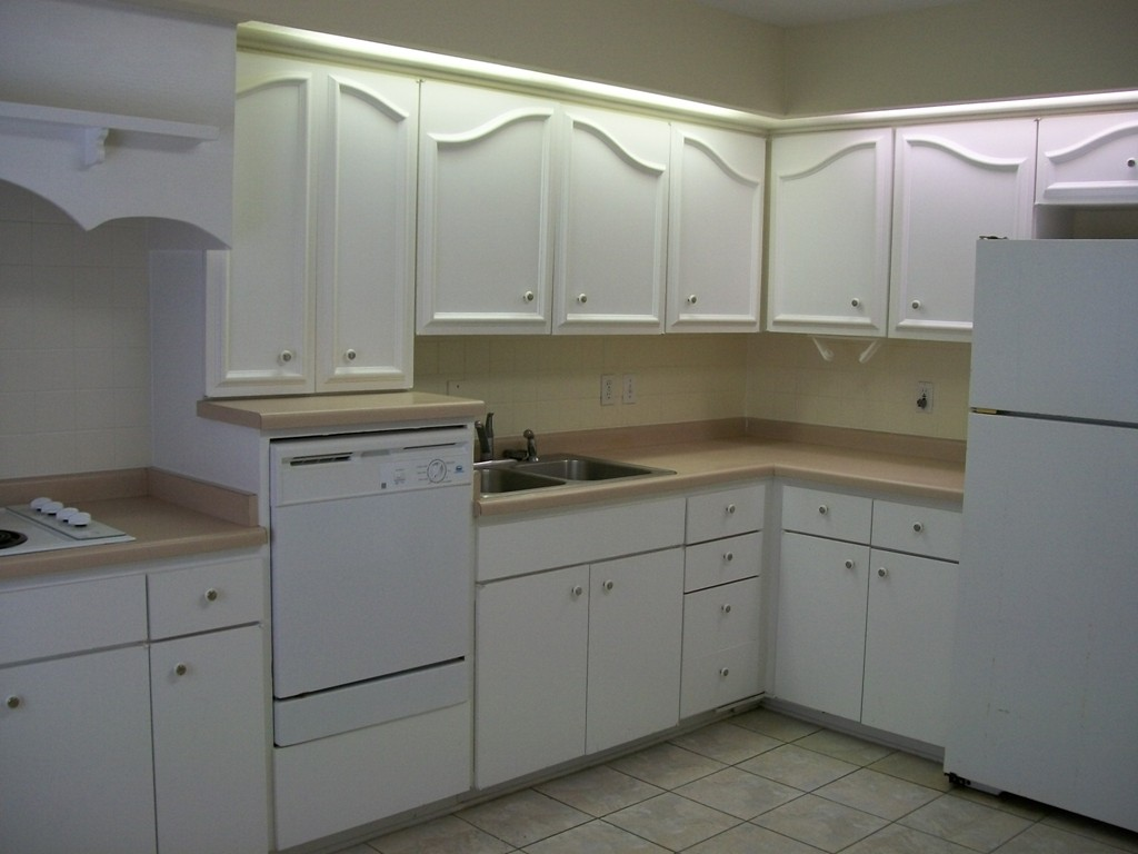 Kitchen at Listing #141366