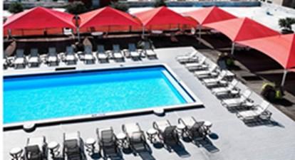 Pool at Listing #137962
