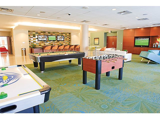 Gameroom at Listing #137887