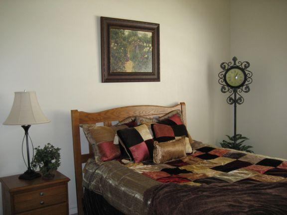 Bedroom at Listing #238278