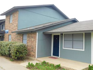 Exterior at Listing #302345