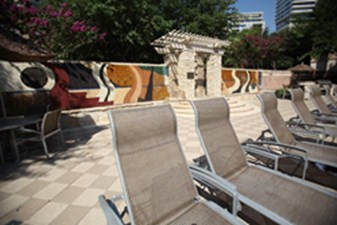 Lounge at Listing #137729