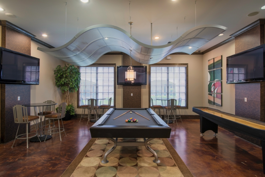 Gameroom at Listing #145801