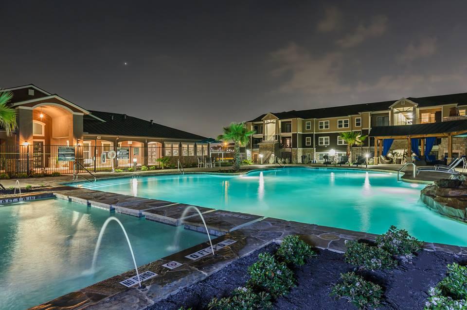Vantage at Brooks City Base ApartmentsSan AntonioTX