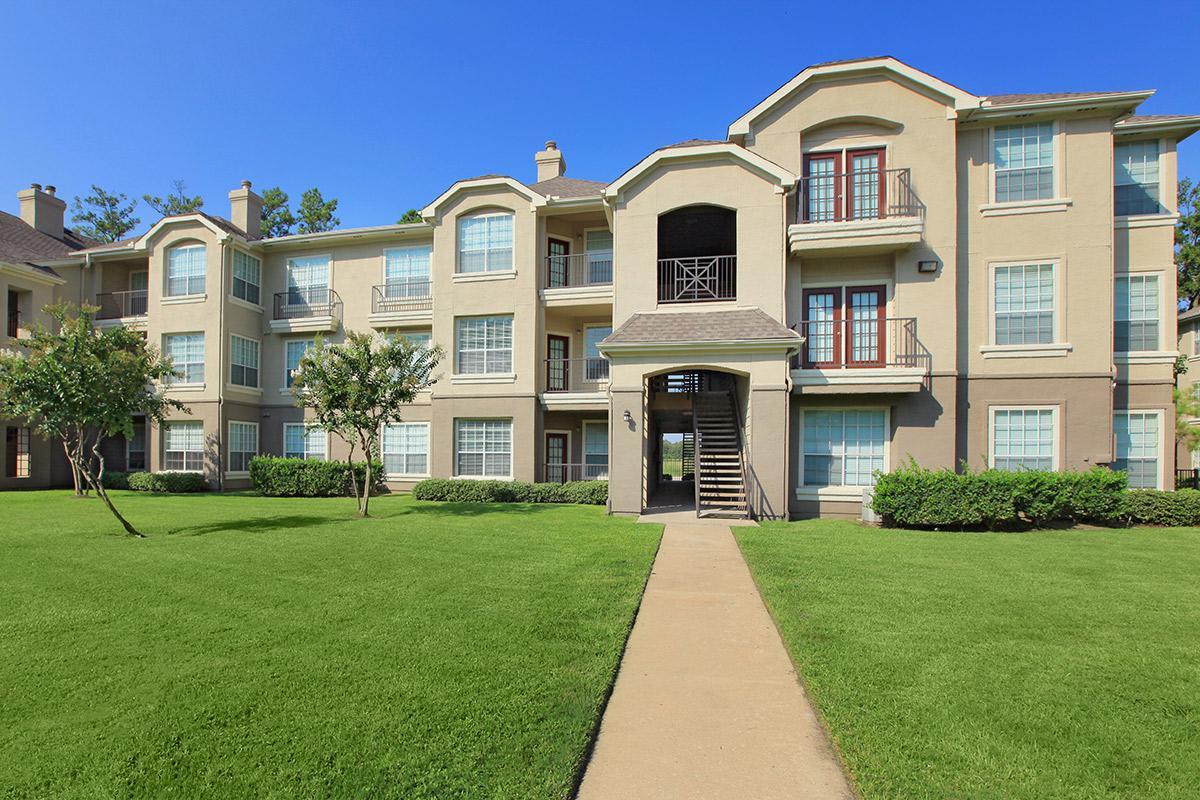 Promenade Champion Forest Apartments Houston, TX