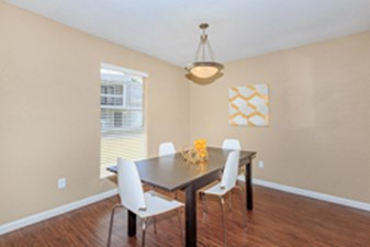 Dining Room at Listing #138622