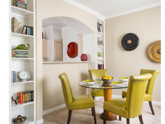Dining at Listing #135827