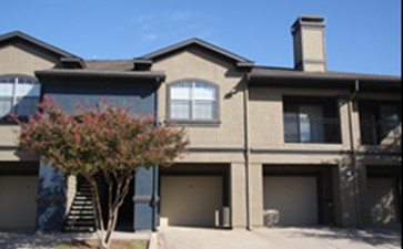 Exterior at Listing #137987