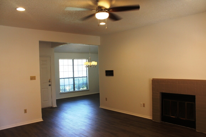 Living at Listing #137855