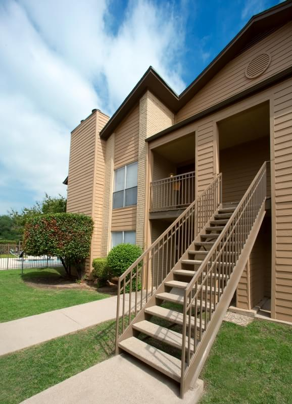Exterior at Listing #135909
