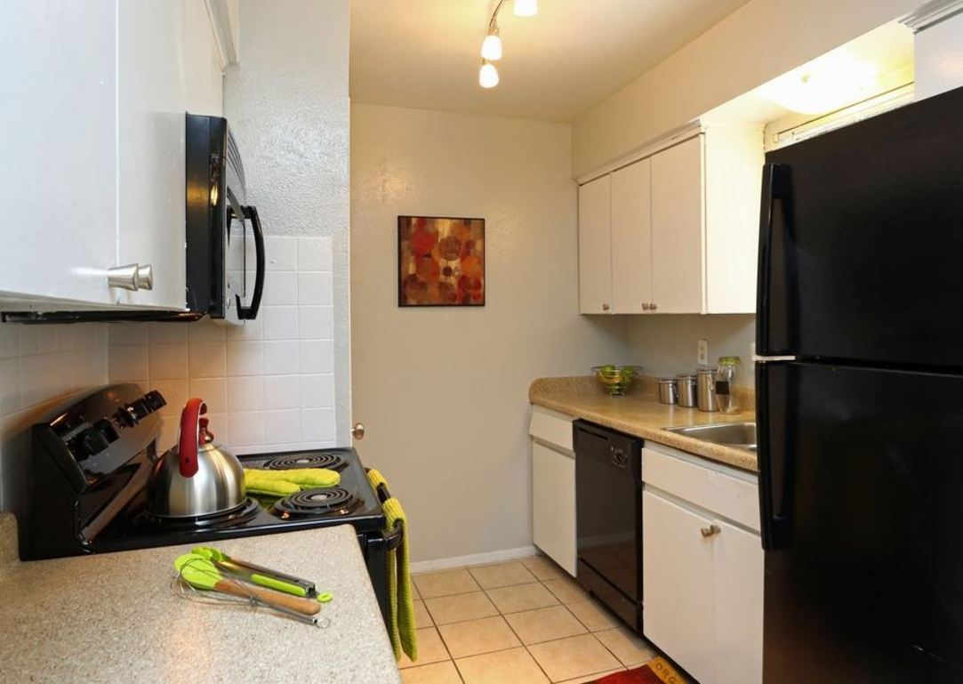 Kitchen at Listing #137099