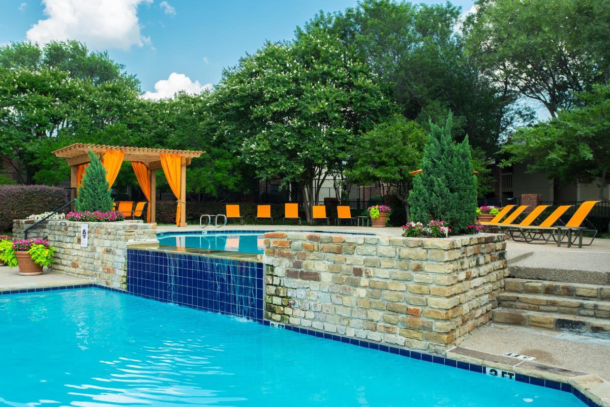 Pool at Listing #135692