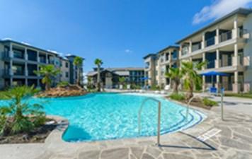Pool at Listing #277564