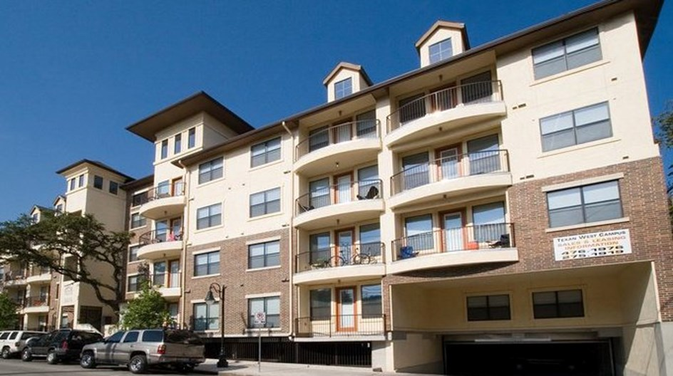 Texan West Campus Apartments