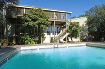 Pool at Listing #140456