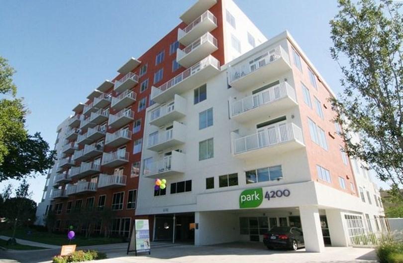 Herschel Apartments