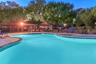 Pool at Listing #141029
