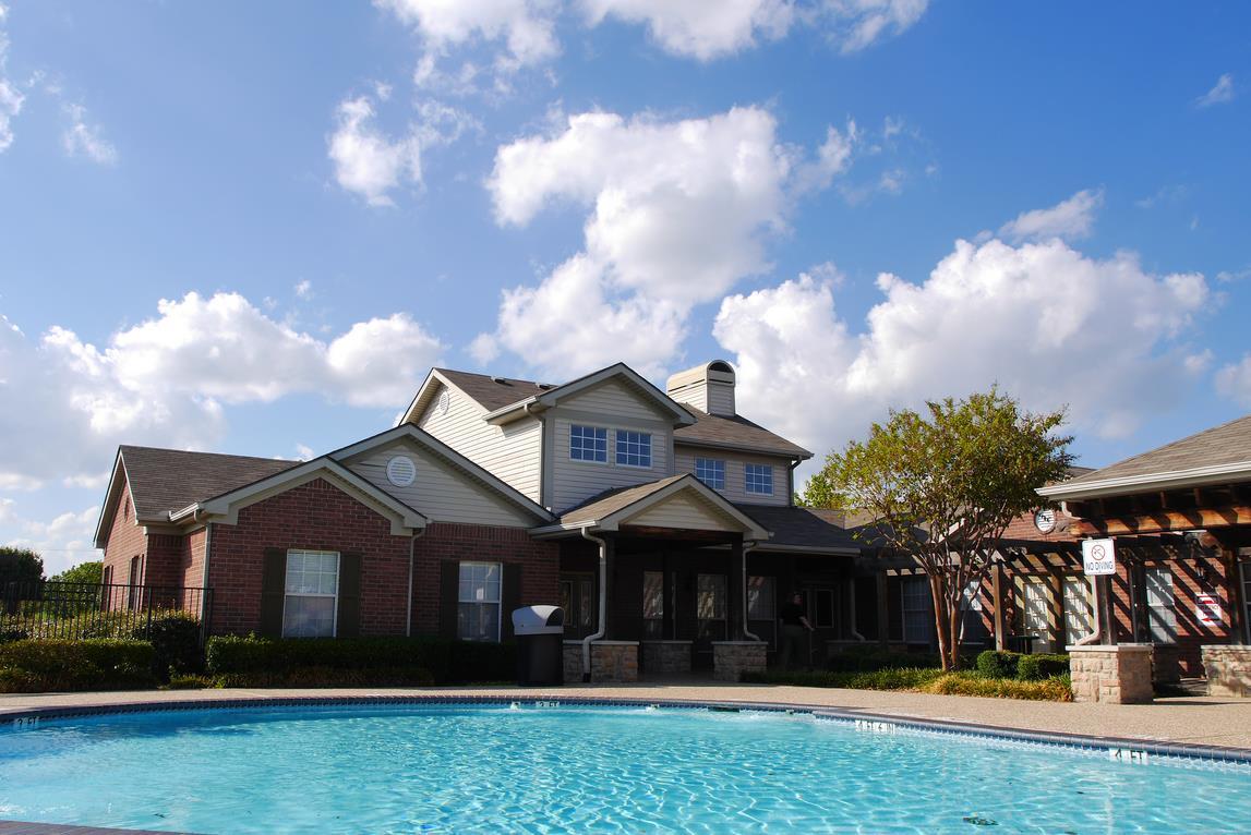 Heather Lane Town Homes Apartments Terrell, TX
