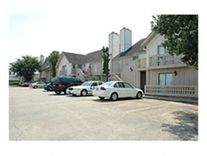 Exterior at Listing #153049