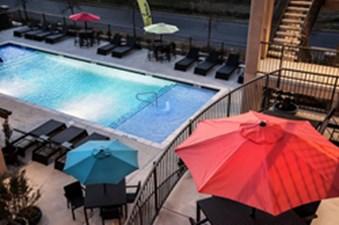 Pool at Listing #290032