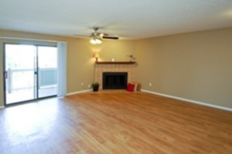 Living at Listing #140456