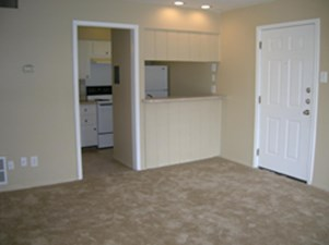 Living at Listing #144925