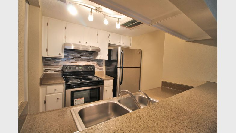 Kitchen at Listing #141120