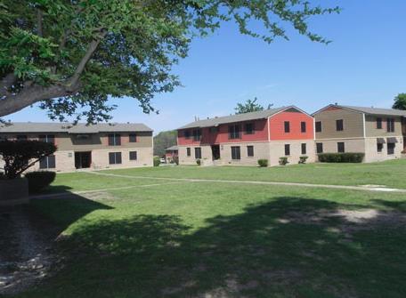 Estancia Hills Apartments Dallas TX