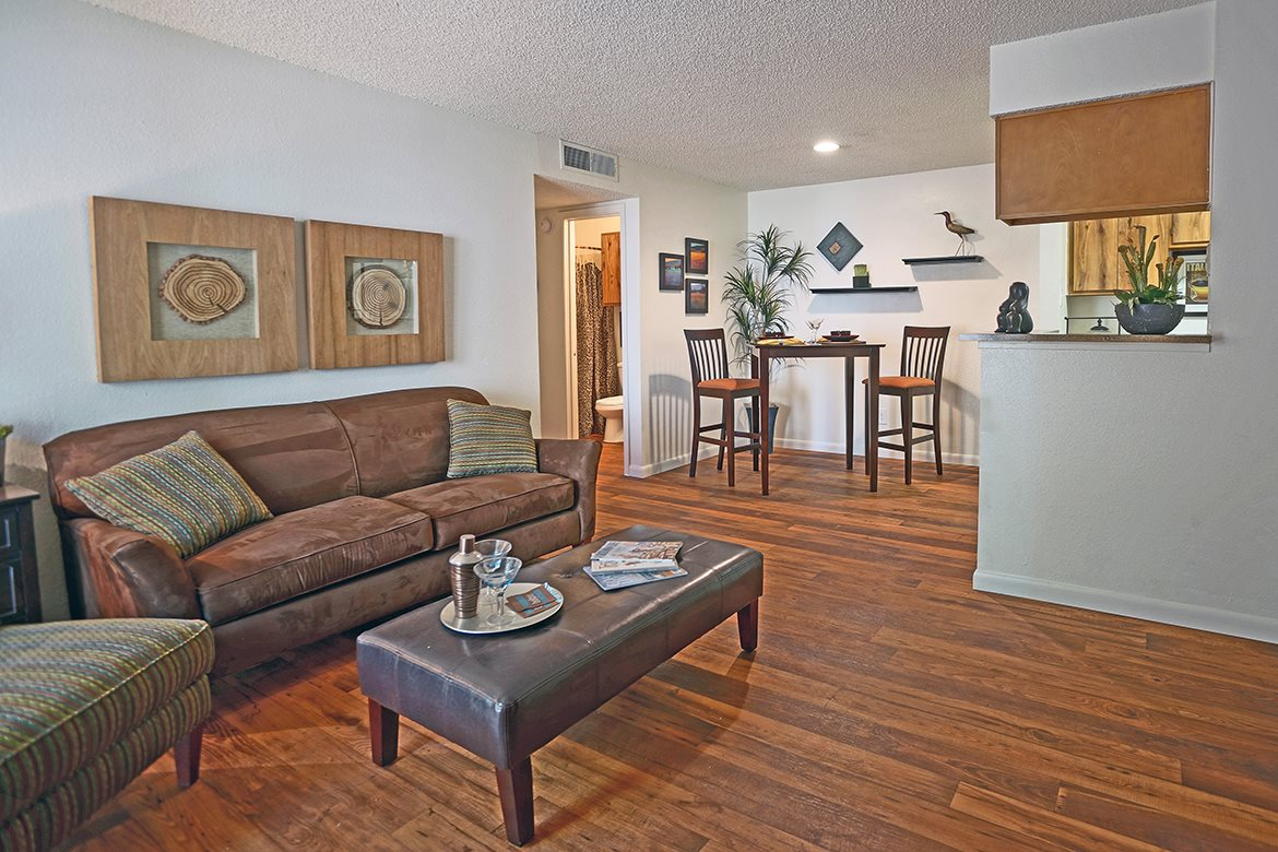 Living/Dining at Listing #141298