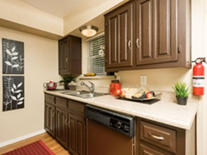Kitchen at Listing #135623