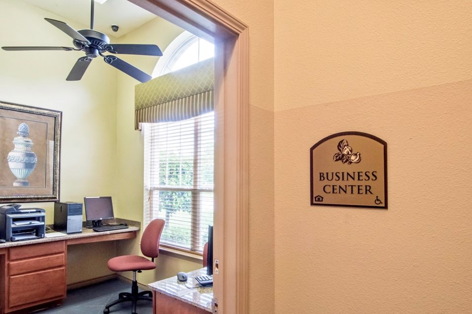 Business Center at Listing #147874