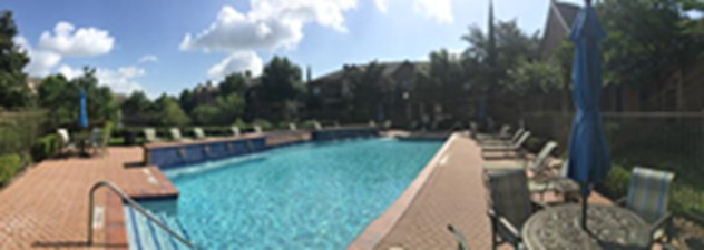 Pool at Listing #140128