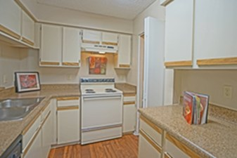 Kitchen at Listing #141257